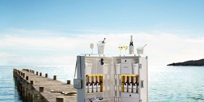 "Moët & Chandon, the luxury of a bar ""prêt-à-porter"""