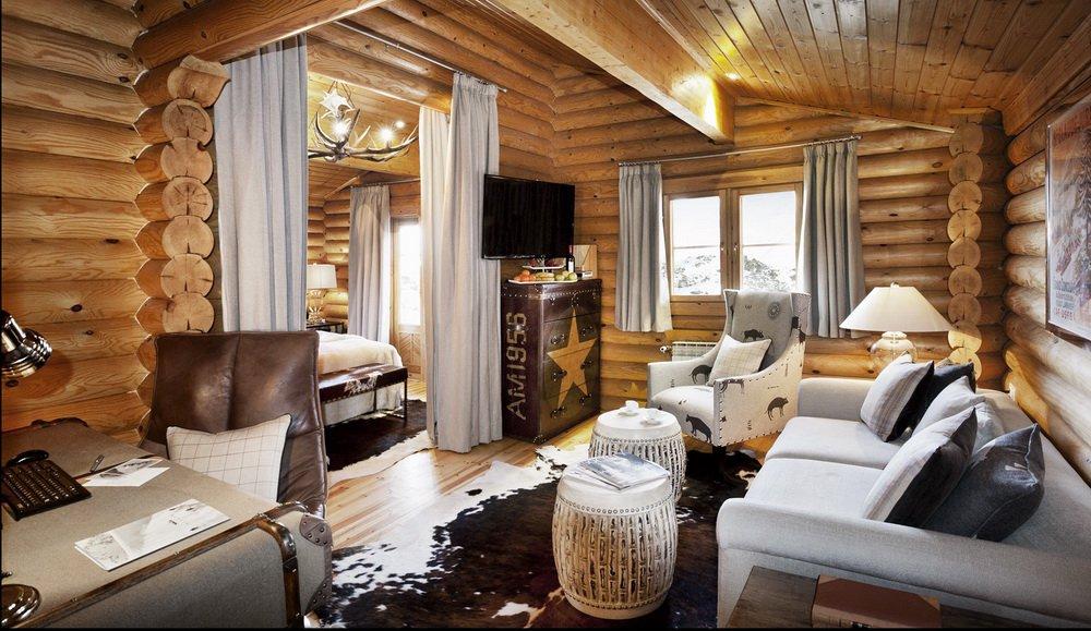 Luxury_EL-LODGE-room1