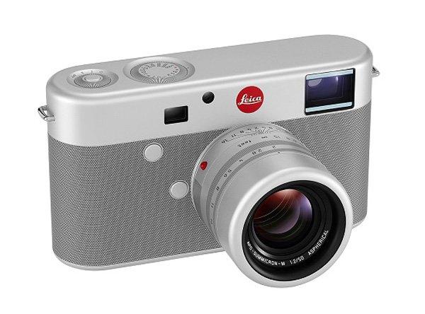 Luxury_Leica-digital-rangefinder-camera