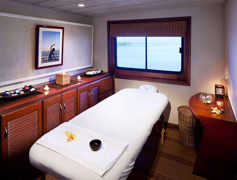 Luxury_Massage-Room-Spa-cruises