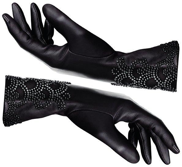 Luxuryretail_Perfumed-gloves-Guerlain-Agnelle