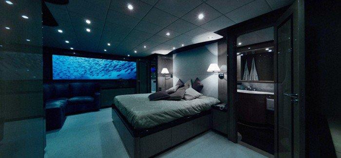Oliver's travels offers luxury submarine underwater getaway