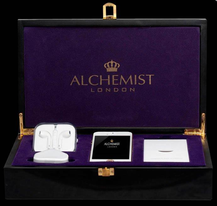 Luxuryretail_Luxe-iPhone-5-By-Alchemist-box