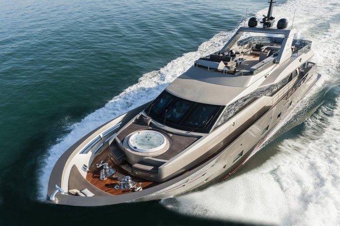 Luxury Yacht Zahraa
