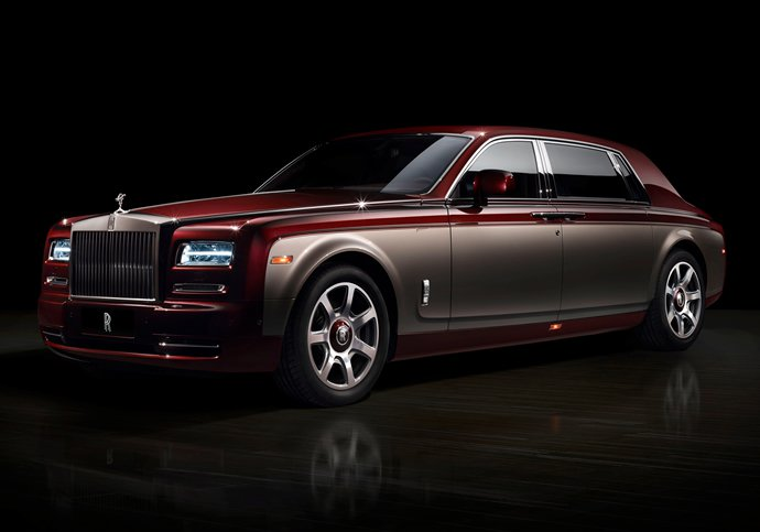 Exquisite Pinnacle Travel Phantom Collection By Rolls-Royce