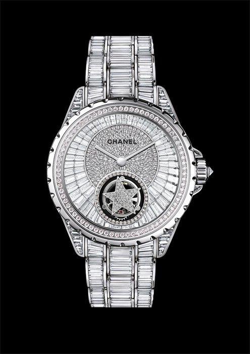 Luxuryretail_J12-Chanel-front