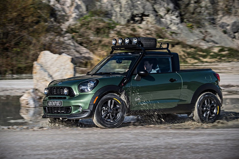 Luxuryretail_Paceman-Adventure-Pickup-Truck-By-MINI-road