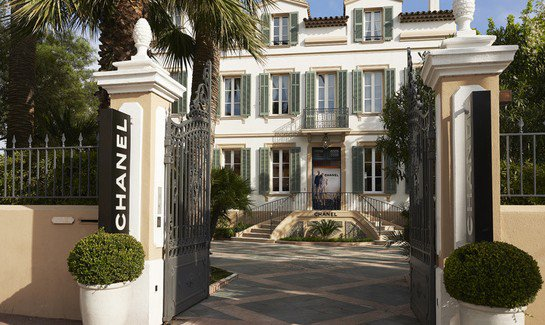 Chanel opens pop-up store in Saint-Tropez