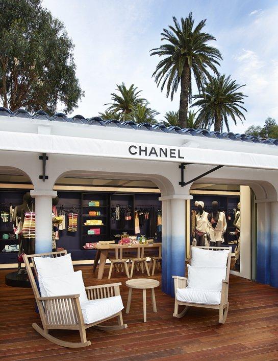 Luxuryretail_boutique-ephemere-saint-tropez-2014-terrace