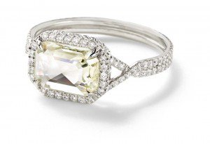 Luxuryretail_Mineraux-Engagement-Rings-Collection-By-Monique-Péan-yellow