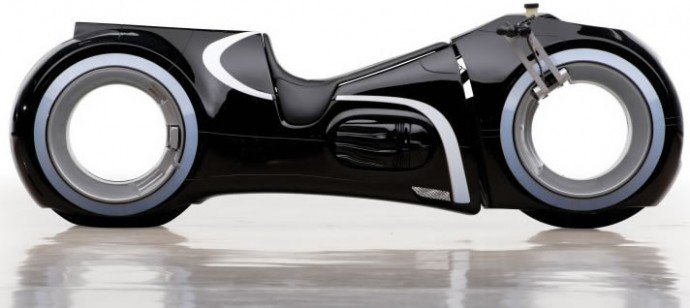 Luxuryretail_andrews-collection-tron-light-cycle-black
