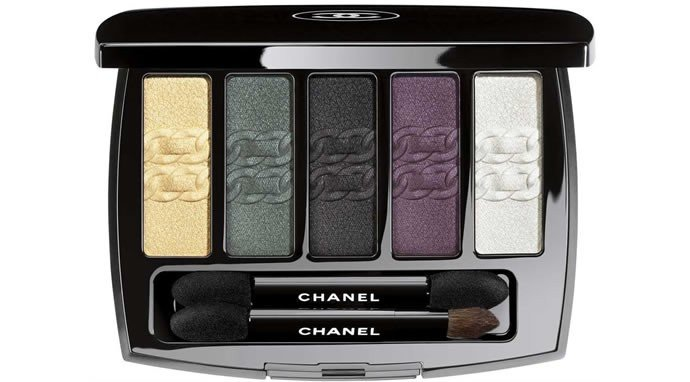 Luxuryretail_chanel-bag-makeup-set-collection