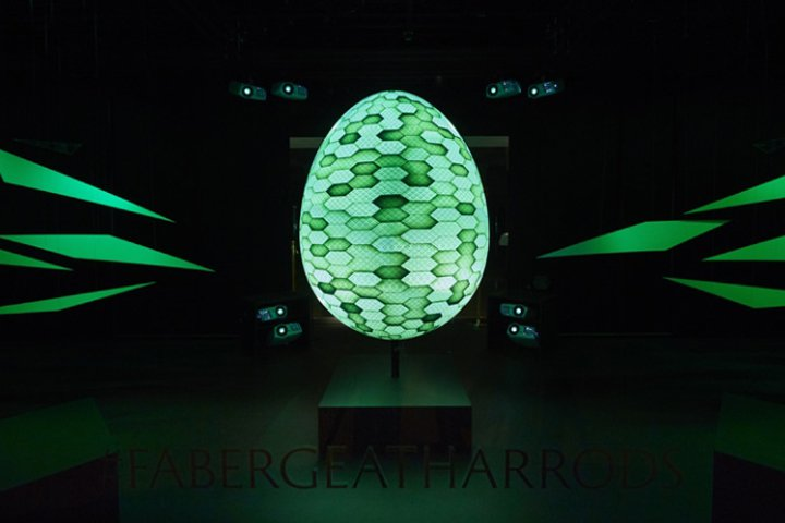 Luxuryretail_Faberge-at-Harrods-by-JUSTSO-London-UK-green