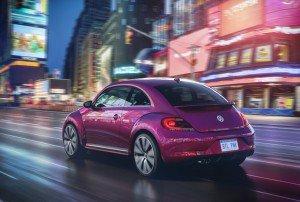 Luxuryretail_volkswagen-beetles-concept-NY-beetle-pink-city