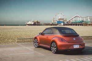 Luxuryretail_volkswagen-beetles-concept-NY-beetle-wave-beach