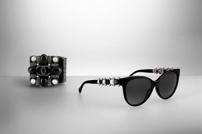 Luxuryretail_Chanel-eyewear-collection-2015-sunglasses-bracelet