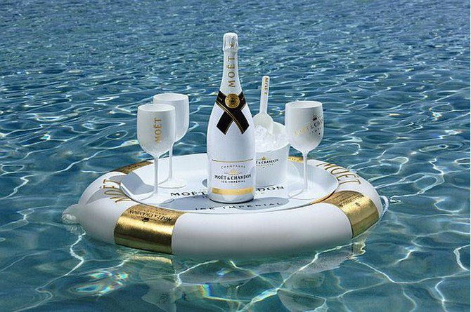 Luxuryretail_Moet-Ice-Imperial-serving-tray