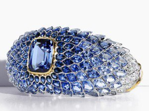 Luxuryretail_jewellery_tiffany_blue_book_2015_Blue-Tourmaline-Scales-Ring