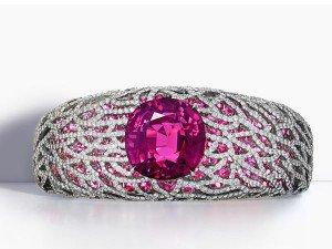 Luxuryretail_jewellery_tiffany_blue_book_2015_Rubellite-Bracelet