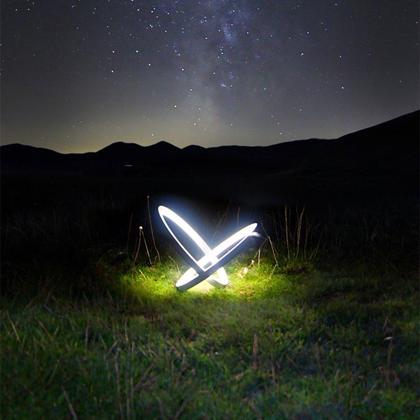 Luxuryretail_leonardo-criolani-designs-limited-edition-infinity-light-LEDS-night