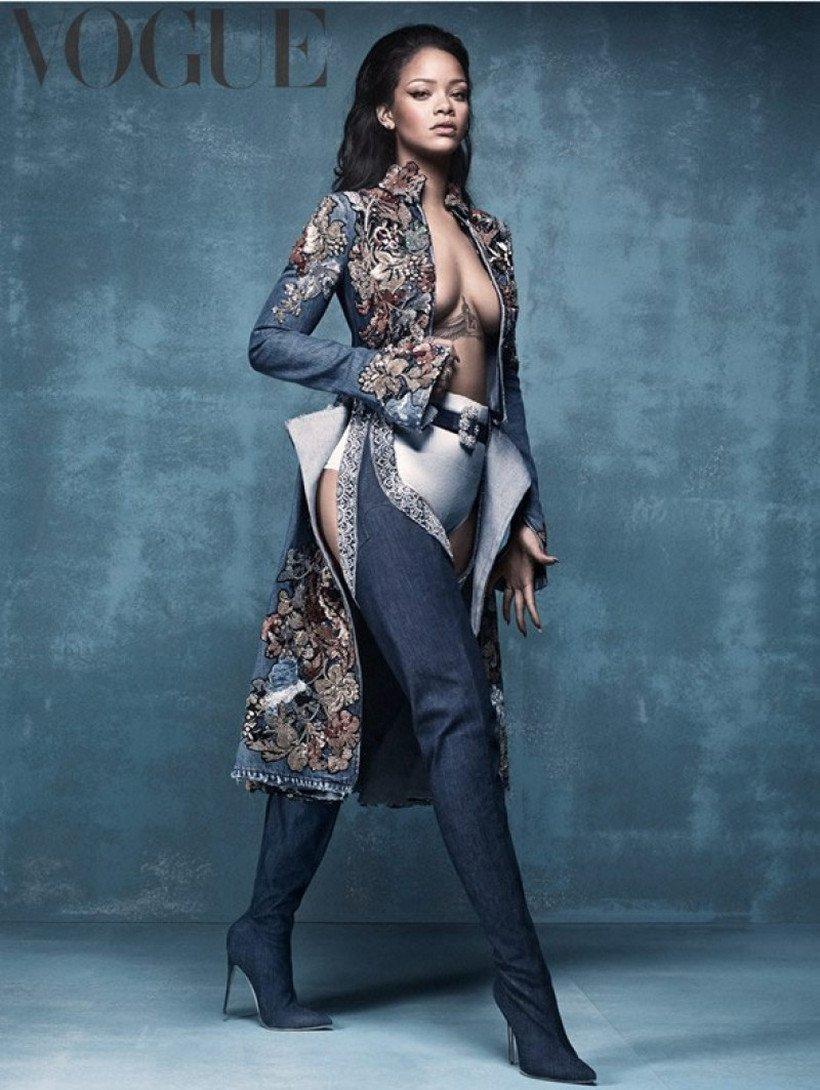 Luxuryretail_Rihanna-Manolo-denim-desserts-pant-like-boots-VOGUE