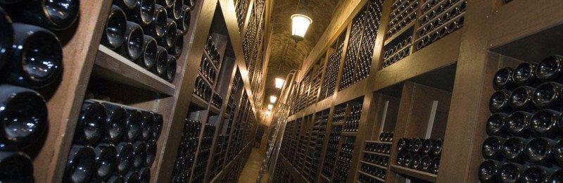 Luxuryretail_Hotel_de_Paris_Monte-Carlo_dom_perignon_pop_up_suite-winery