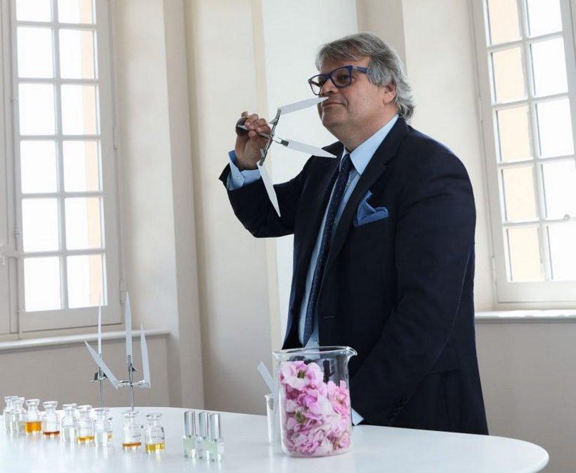Luxuryretail_Les-Parfums-Louis-Vuitton-parfum