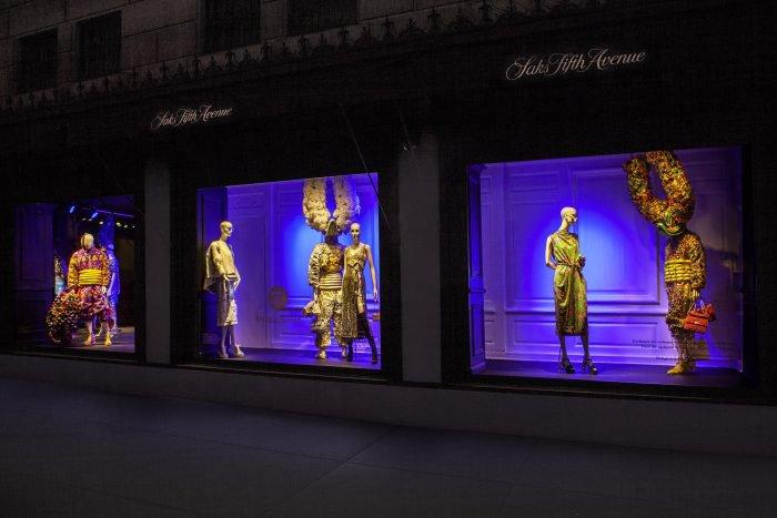 """""""Lechones"""" in Saks Fifth Avenue, N.Y."""