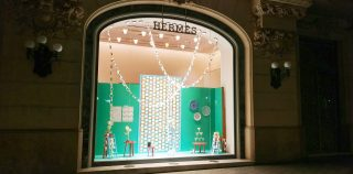 Christmas windows displays of Hermès Spain by INSTORE