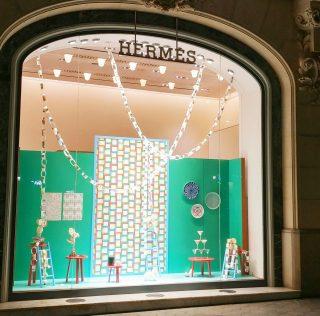 Christmas windows displays of Hermès Spain by INSTORE