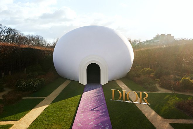 """""""The Female Divine"""" by Dior"""