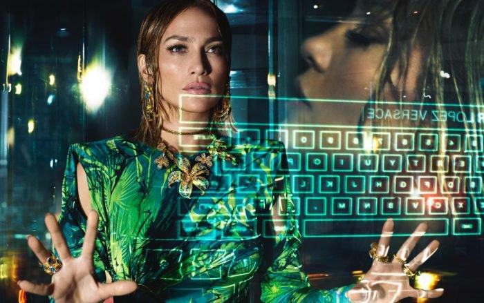 Jennifer Lopez & Versace